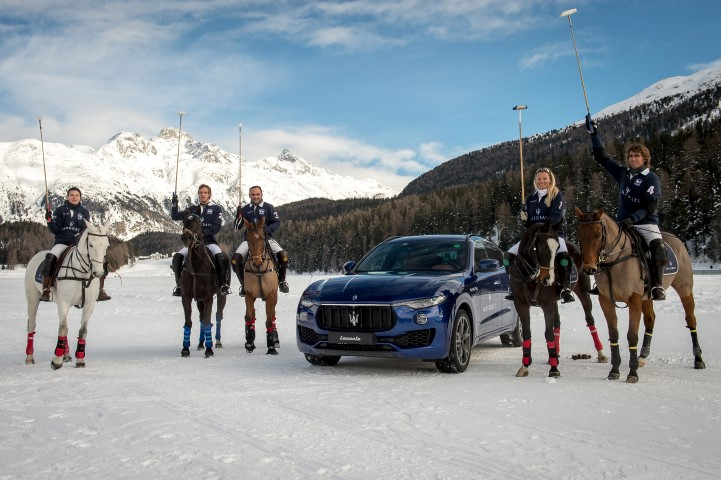 775108729TP027 Snow Polo Wo